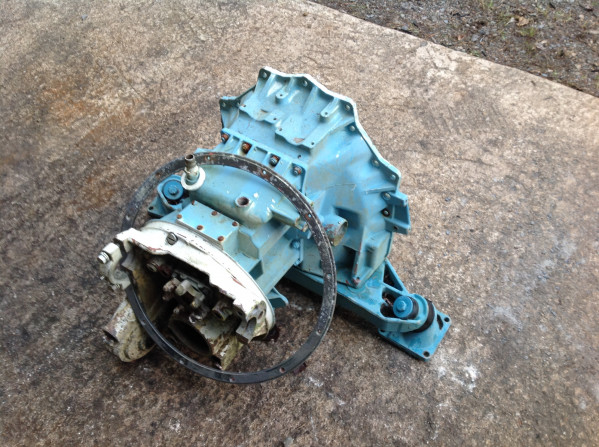 fishing gear Engine Housing Mechanical for sale 17328.JPG