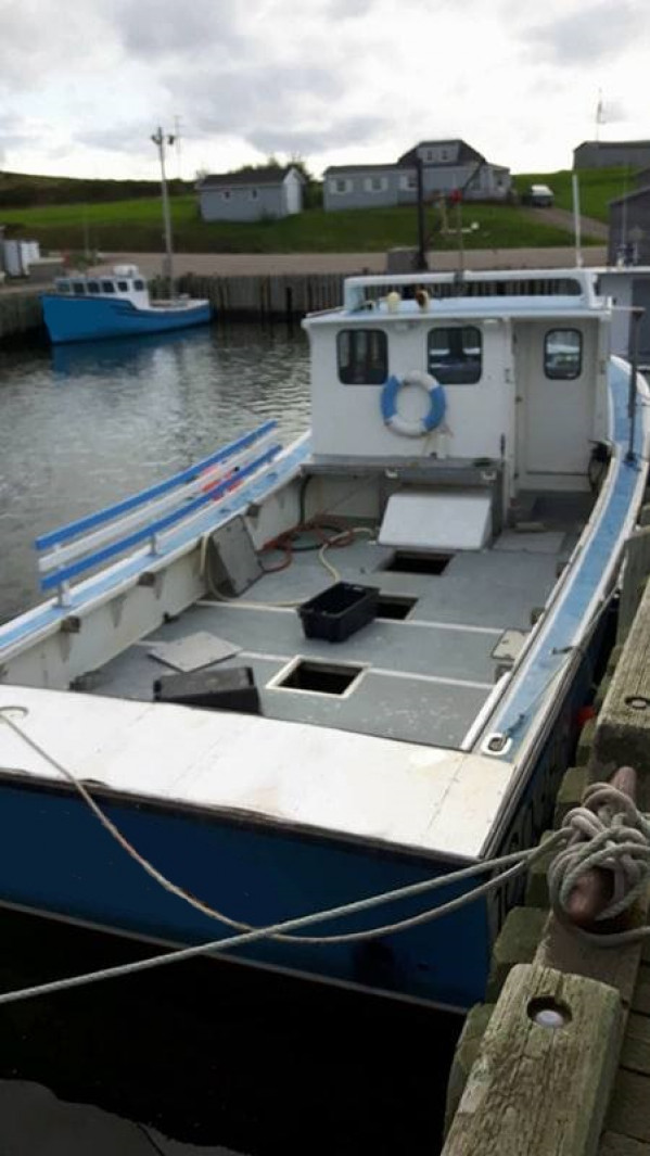 fishing boat Lobster Crab for sale 26290.jpg