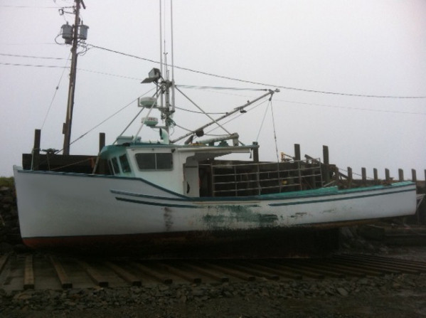 https://novimarinebrokers.com/storage/files/01/32/37/tn_fishing_boat_Lobster_for_sale_11053.jpg