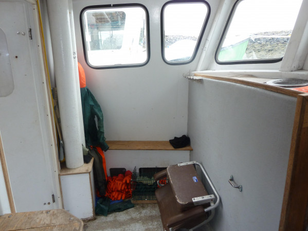 https://novimarinebrokers.com/storage/files/01/58/81/tn_fishing_boat_Lobster_for_sale_13313.jpg