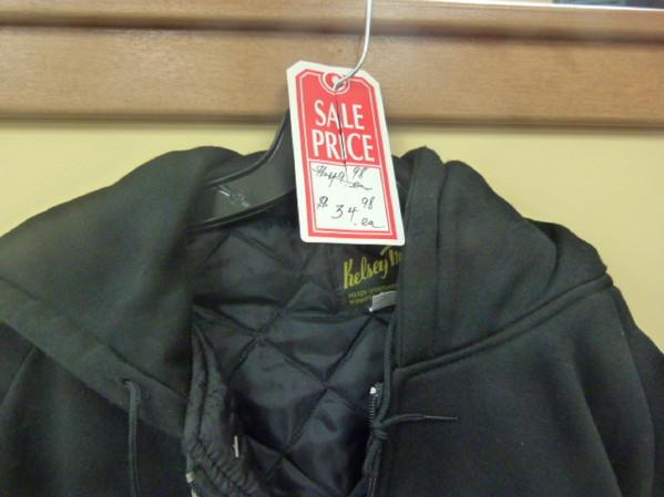 https://novimarinebrokers.com/storage/files/01/66/69/tn_fishing_gear_Jacket_Clothing___Apparel_for_sale_13879.jpg