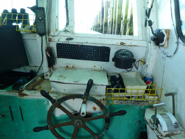 https://novimarinebrokers.com/storage/files/01/71/04/tn_fishing_boat_Lobster_for_sale_14263.jpg