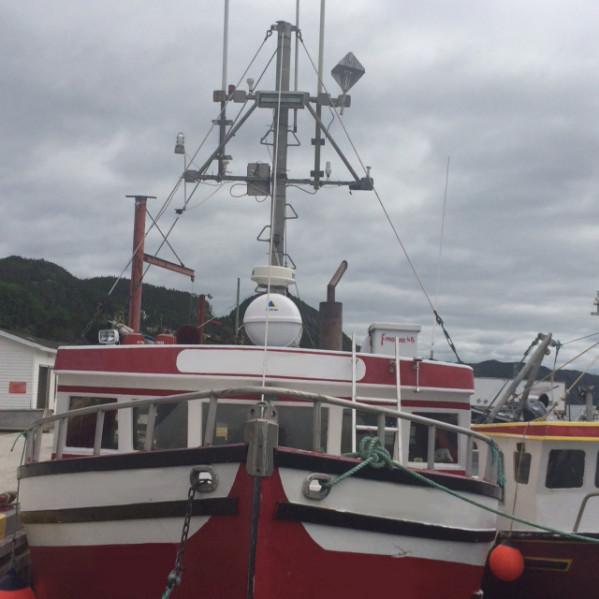 https://novimarinebrokers.com/storage/files/02/22/46/tn_fishing_boat_Crab_for_sale_18485.jpg