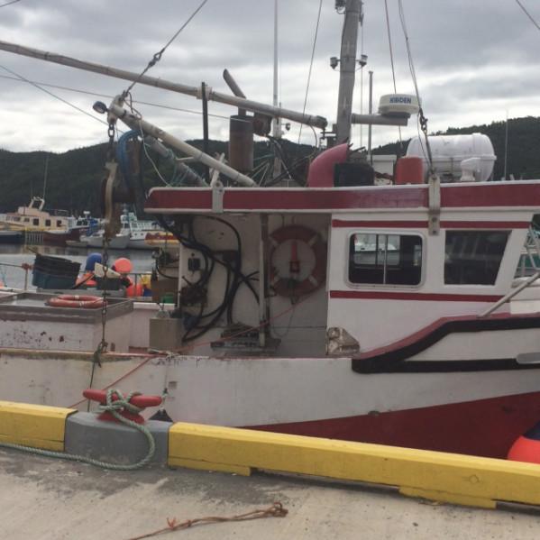https://novimarinebrokers.com/storage/files/02/22/47/tn_fishing_boat_Crab_for_sale_18486.jpg