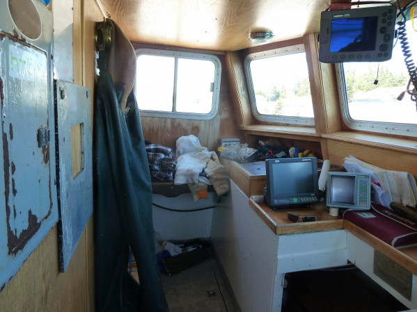 https://novimarinebrokers.com/storage/files/02/47/32/tn_fishing_boat_Lobster_for_sale_20590.jpg