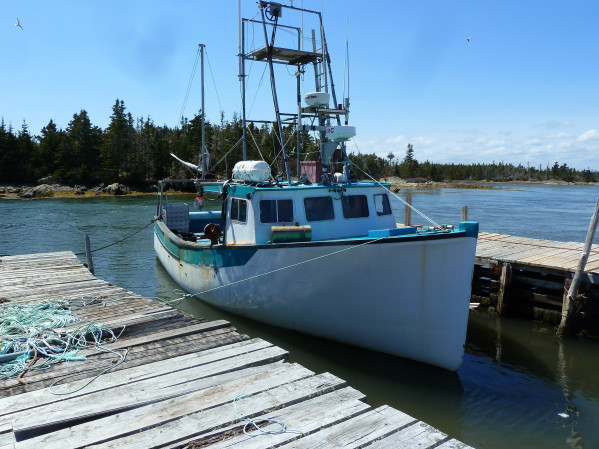 https://novimarinebrokers.com/storage/files/02/47/47/tn_fishing_boat_Lobster_for_sale_20605.jpg