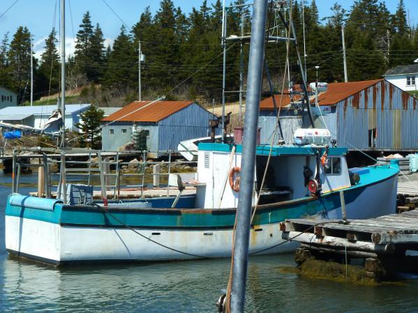 https://novimarinebrokers.com/storage/files/02/47/49/tn_fishing_boat_Lobster_for_sale_20607.jpg