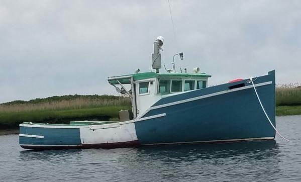 https://novimarinebrokers.com/storage/files/02/53/87/tn_fishing_boat_Lobster_for_sale_21141.jpg