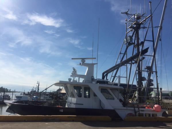 https://novimarinebrokers.com/storage/files/02/57/01/tn_fishing_boat_Groundfish_Herring_for_sale_21436.jpg