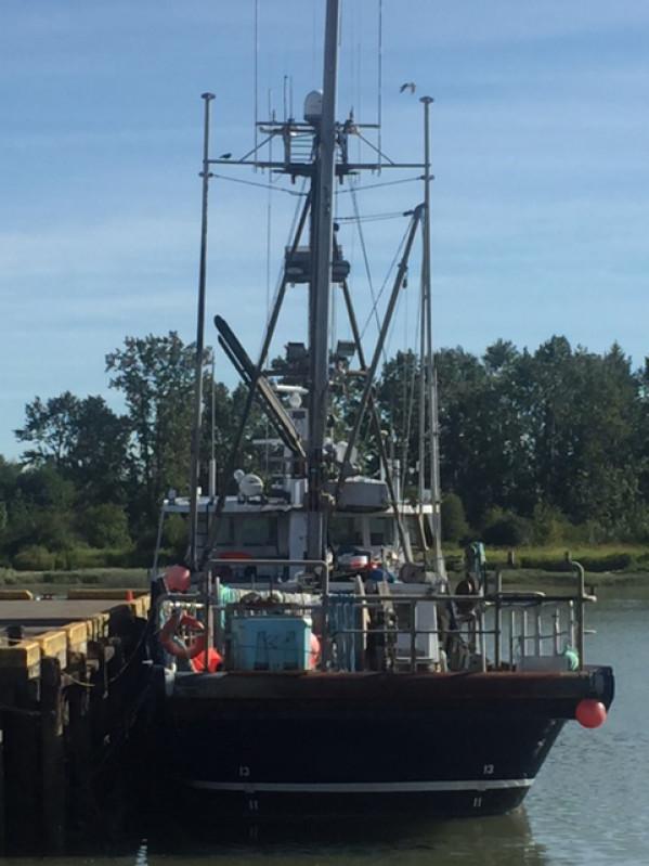 https://novimarinebrokers.com/storage/files/02/57/04/tn_fishing_boat_Groundfish_Herring_for_sale_21439.jpg
