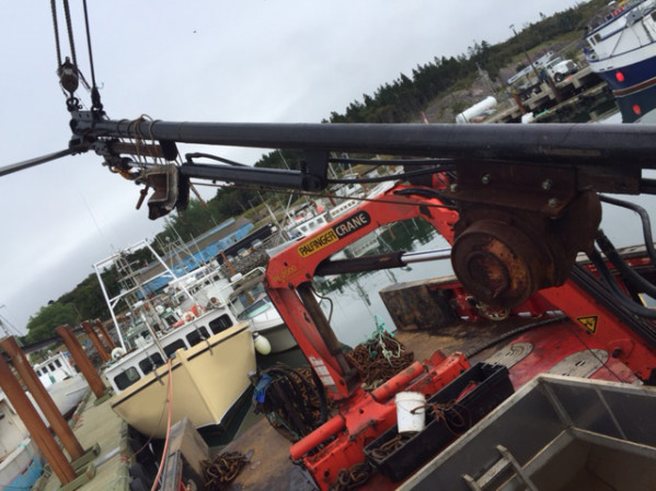 https://novimarinebrokers.com/storage/files/02/67/36/tn_fishing_boat_Lobster_Crab_for_sale_22356.jpg
