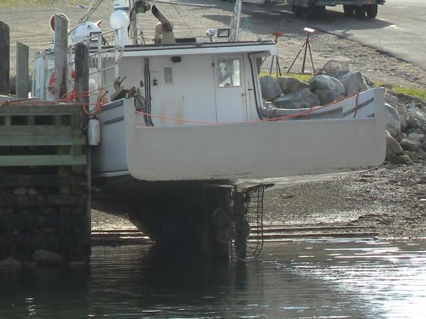 https://novimarinebrokers.com/storage/files/02/77/21/tn_fishing_boat_Lobster_for_sale_23229.JPG