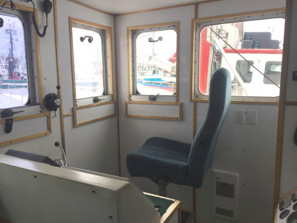 https://novimarinebrokers.com/storage/files/02/82/17/tn_fishing_boat_Lobster_Herring_Scallop_Crab_for_sale_23664.JPG