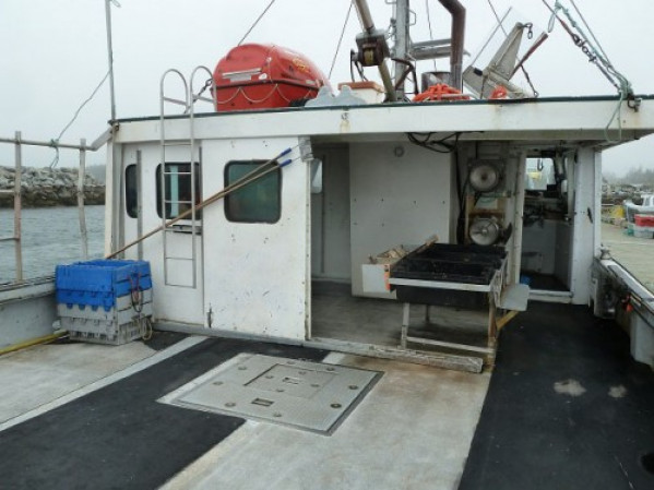https://novimarinebrokers.com/storage/files/02/93/04/tn_fishing_boat_for_sale_24649.JPG