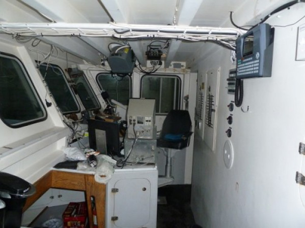 https://novimarinebrokers.com/storage/files/02/93/08/tn_fishing_boat_for_sale_24653.JPG