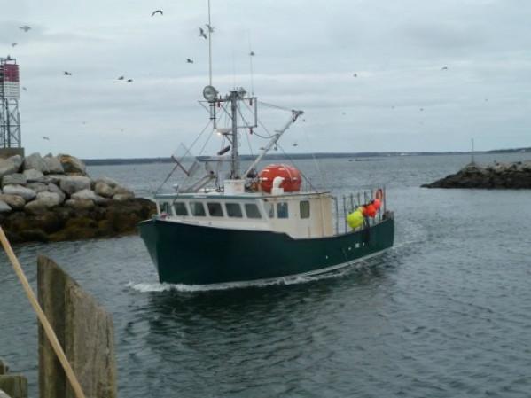 https://novimarinebrokers.com/storage/files/02/93/16/tn_fishing_boat_for_sale_24661.jpg