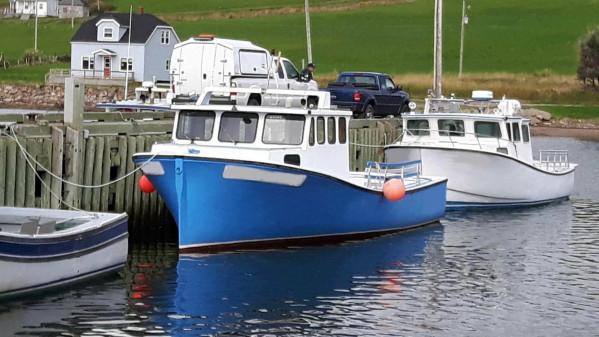 https://novimarinebrokers.com/storage/files/03/11/01/tn_fishing_boat_Lobster_Crab_for_sale_26295.jpg