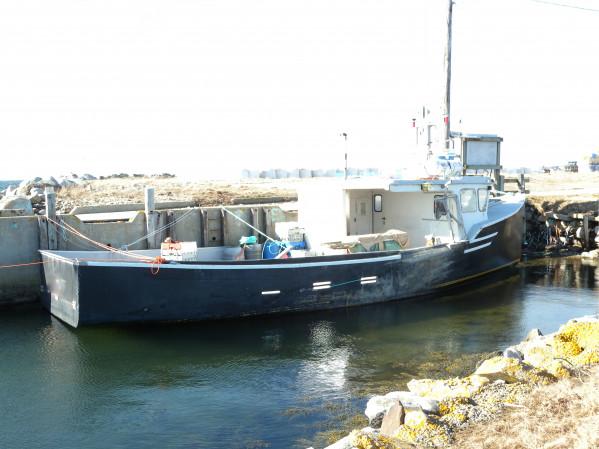 https://novimarinebrokers.com/storage/files/03/29/97/tn_fishing_boat_Lobster_for_sale_28050.jpg