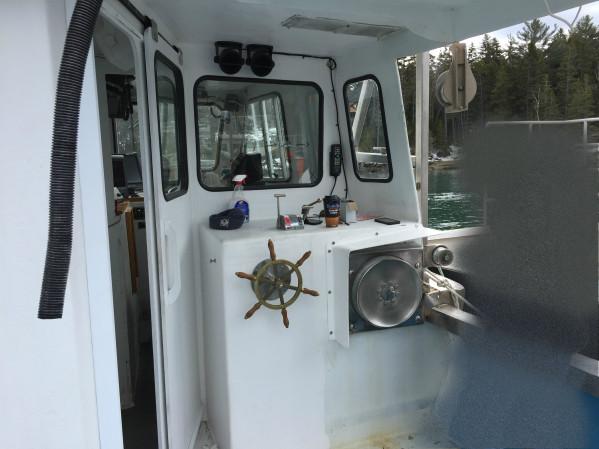https://novimarinebrokers.com/storage/files/03/30/14/tn_fishing_boat_for_sale_28061.JPG